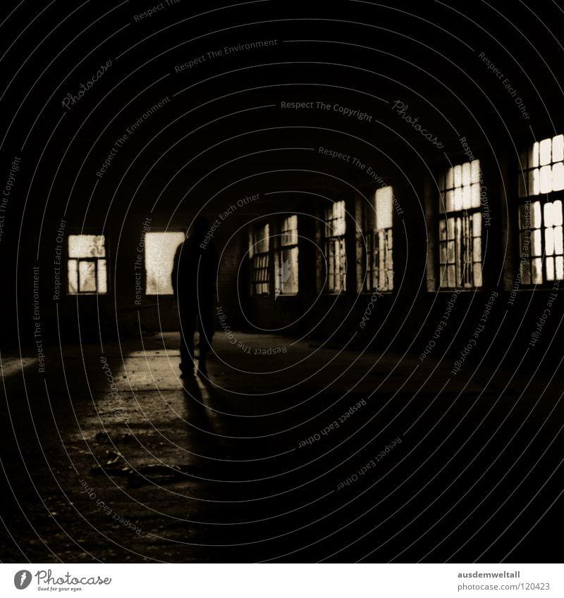 ::One Room One Man:: Mann alt schwarz Einsamkeit dunkel Fenster laufen Fabrik Neugier verfallen Leipzig Scan