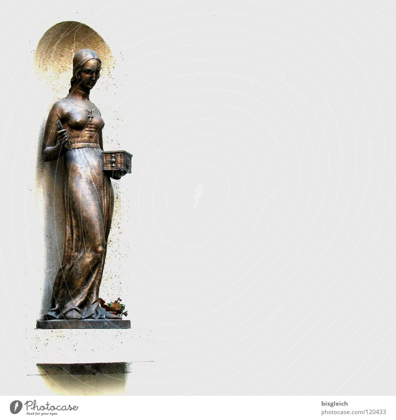 Statue, Zagreb (Kroatien) Mensch Frau schön Erwachsene feminin stehen Europa Kleid Denkmal Wahrzeichen Schlüssel Skulptur Brust