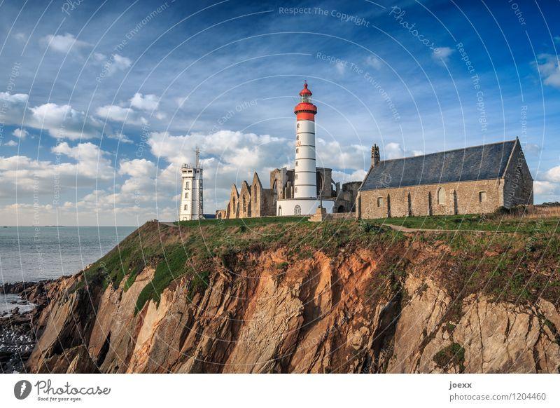 Saint-Mathieu Himmel Wolken Schönes Wetter Küste Frankreich Menschenleer Kirche Ruine Leuchtturm Sehenswürdigkeit alt schön blau braun grün rot weiß Glaube