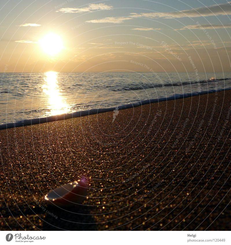Abendsonne am Strand mit ruhigem Wasser im Mittelmeer Sonne Sonnenuntergang Stimmung Abenddämmerung Beleuchtung Reflexion & Spiegelung Meer Meerwasser Wellen