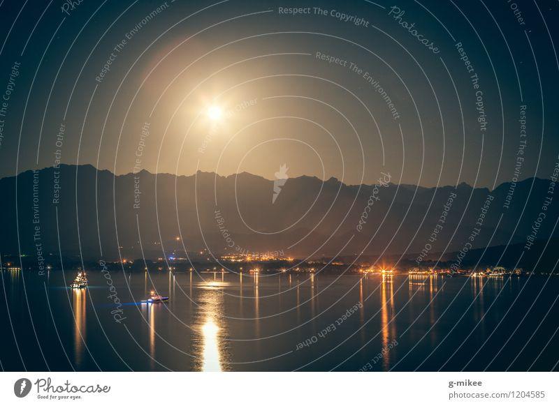 Mondschein Landschaft Wasser Himmel Berge u. Gebirge Bucht Meer dunkel Licht Wasserfahrzeug Nacht Mittelmeer Silhouette ruhig Farbfoto Außenaufnahme
