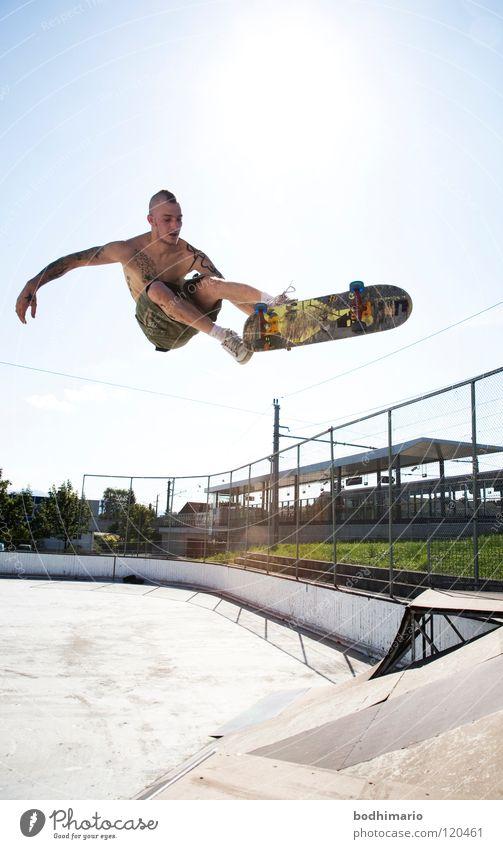 SkatePunk Air Freizeit & Hobby fahren Skateboarding Österreich Punkrock Salto Funsport Rampe Vergnügungspark Extremsport Sportpark Kickflip Dornbirn