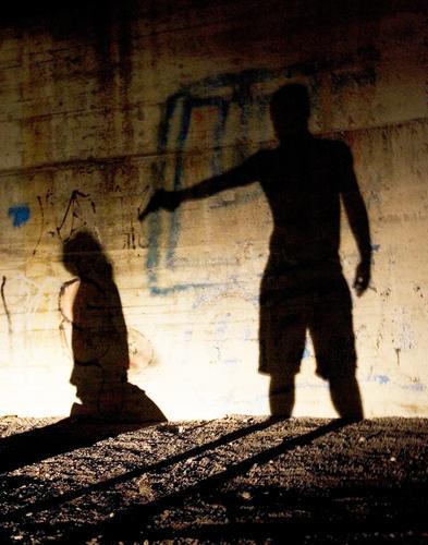 Murder in the Dark Tod Angst gefährlich Gewalt Panik Waffe Kriminalität Mord Ghetto unterirdisch