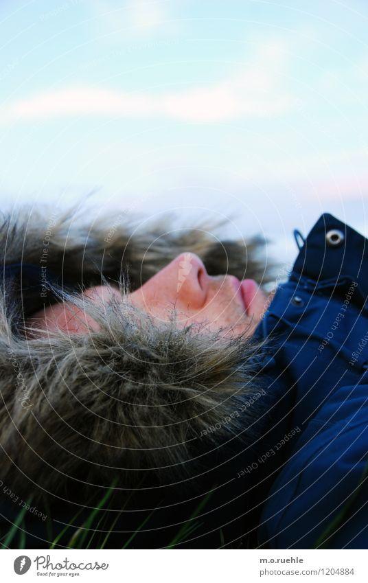 während du lagst und sahst Mensch Himmel Natur Ferien & Urlaub & Reisen Jugendliche Mann Junger Mann Ferne kalt Erwachsene Gesicht Leben Haare & Frisuren
