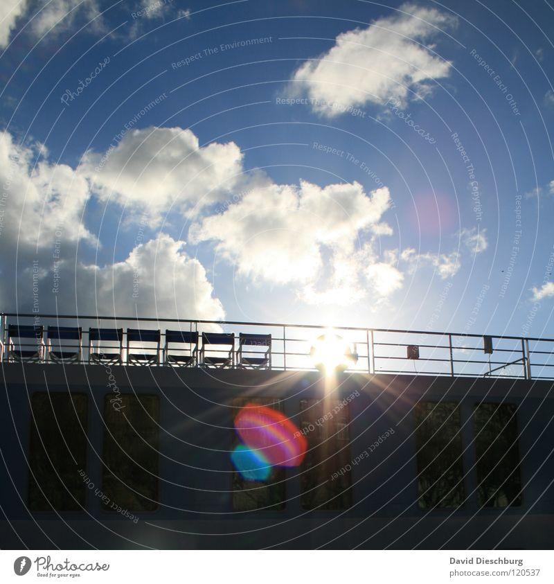 Nur 7 Plätze frei Wasserfahrzeug Wolken Rettungsring Sitzgelegenheit Anker Kreuzfahrt Ferien & Urlaub & Reisen Sommer Fenster Gitter schwarz Pirat Kapitän