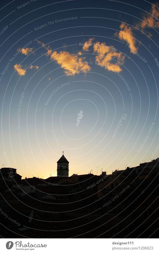 abendstimmung Luft Himmel Wolken Sonnenaufgang Sonnenuntergang Sommer Schönes Wetter Elba Dorf Skyline Haus Kirche blau schwarz Stimmung träumen Farbfoto