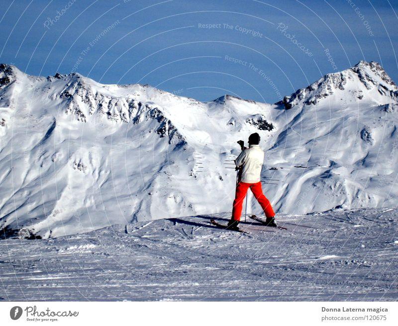 Schnee-Ente Mann schön Himmel weiß blau Winter Ferien & Urlaub & Reisen kalt Berge u. Gebirge orange Wetter Skifahren Tourismus Pause Aussicht