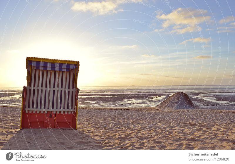 Strandkorb in Cuxhaven Ferien & Urlaub & Reisen Tourismus Sommer Sommerurlaub Sonne Meer Natur Sand Wasser Himmel Wolken Horizont Sonnenaufgang Sonnenuntergang