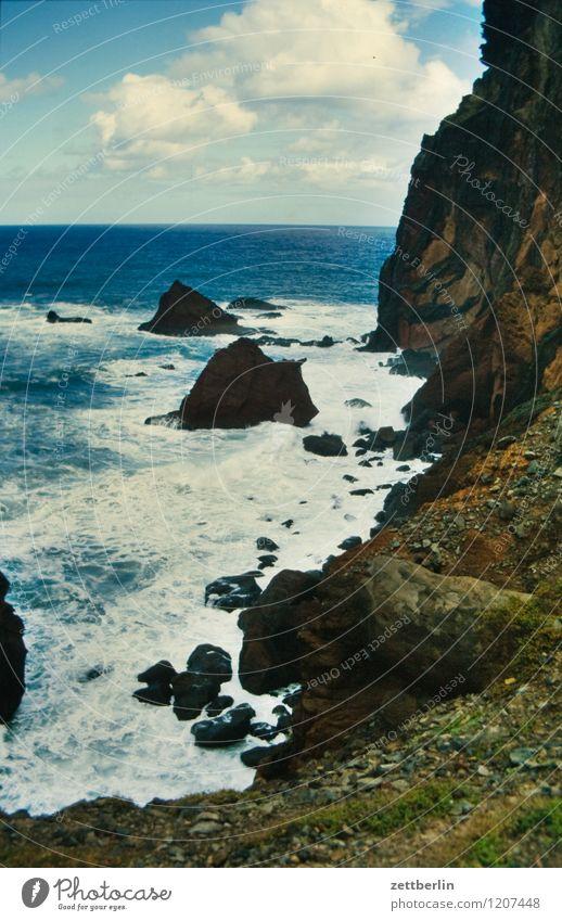 Madeira (2) Portugal Meer Atlantik Küste Seeufer Wellen Wind Sturm Himmel Wolken Landschaft Ferien & Urlaub & Reisen Reisefotografie Tourismus Horizont Ferne
