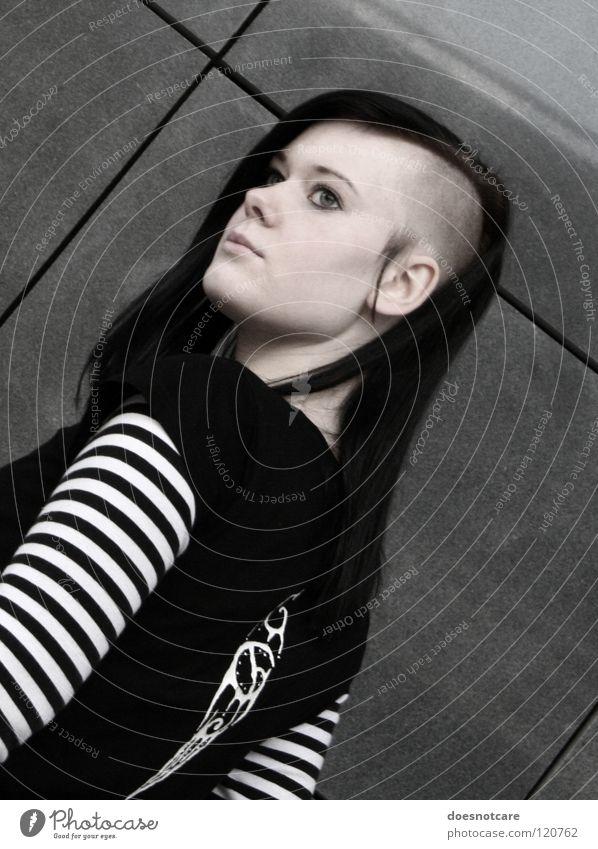 My My My (rebell, yeah!) Frau Jugendliche schön weiß schwarz Auge Stil grau Haare & Frisuren Erwachsene Coolness Streifen bleich trendy