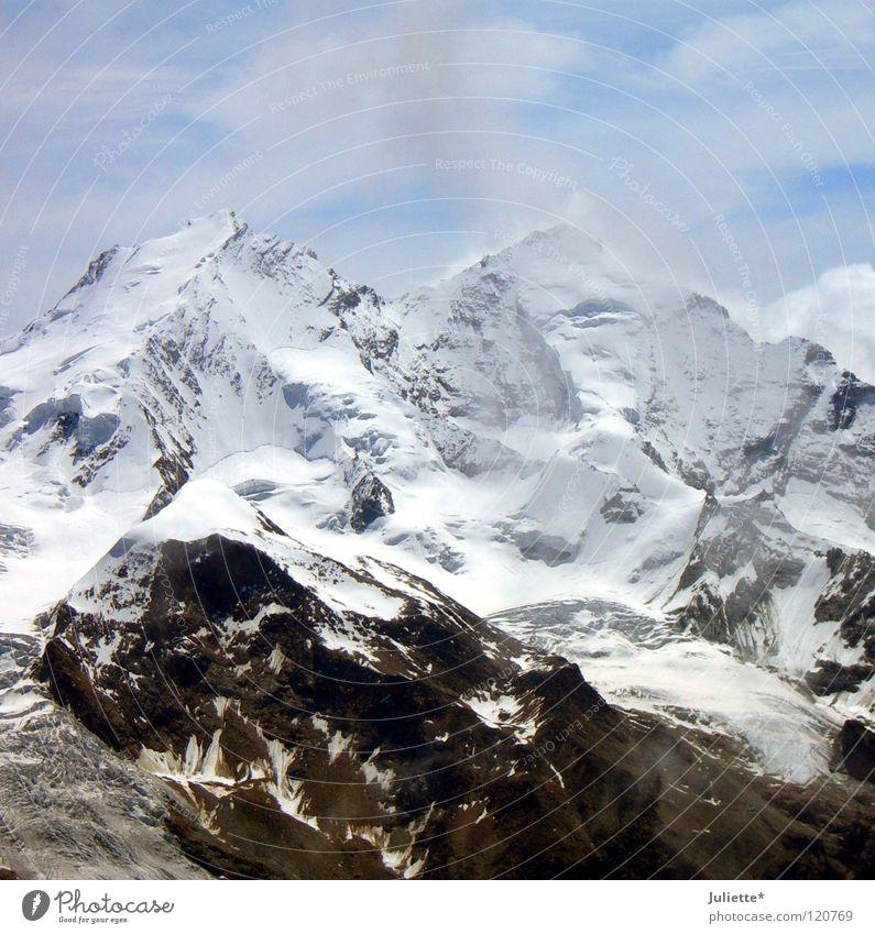 Schweizer Schönheiten Schnee Kanton Wallis Höhenmeter Wolken Wind kalt Meter weiß Himmel Berge u. Gebirge Macht Freizeit & Hobby Mountain hoch Felsen blau