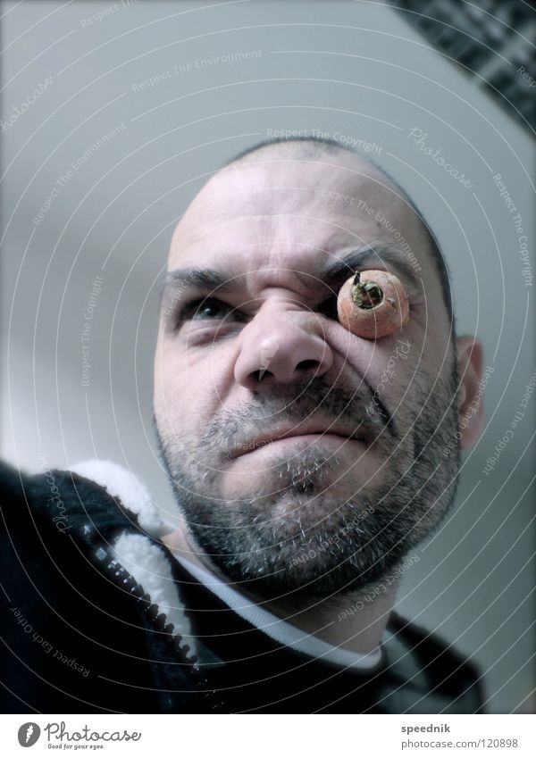 Junges Gemüse #2   Auf einem Auge möhre Gewächshaus Möhre Rohkost blind Stengel Rest Krimineller Gangsta Rap Gesicht Grimasse Mann Nasenloch Bochum Wuppertal