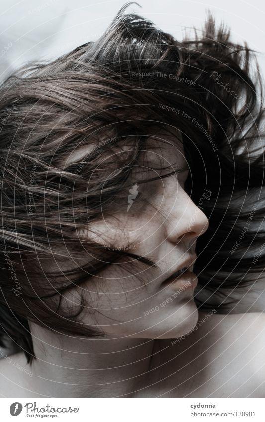Sleeping I Frau Mensch Natur schön schwarz ruhig feminin Leben Gefühle Kopf Bewegung Haare & Frisuren Stil Traurigkeit träumen Kunst