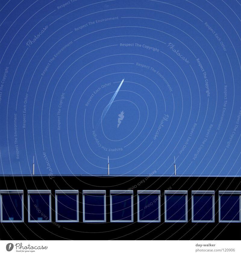Auf in neue Welten Himmel Natur Ferien & Urlaub & Reisen Haus Fenster Schnee Gebäude Zufriedenheit Flugzeug Luftverkehr Ecke Dach Ziel entdecken Quadrat