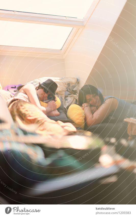 Vacation Island Mensch androgyn Homosexualität Junge Frau Jugendliche 2 Erholung genießen hängen Lächeln liegen schlafen Häusliches Leben Coolness