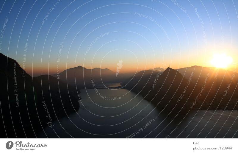 new (g)old dream II Sonnenuntergang gold blau See Berge u. Gebirge dunkel Schweiz Lugano Kanton Tessin Zukunft Winter träumen Hoffnung Abend Einsamkeit Schatten