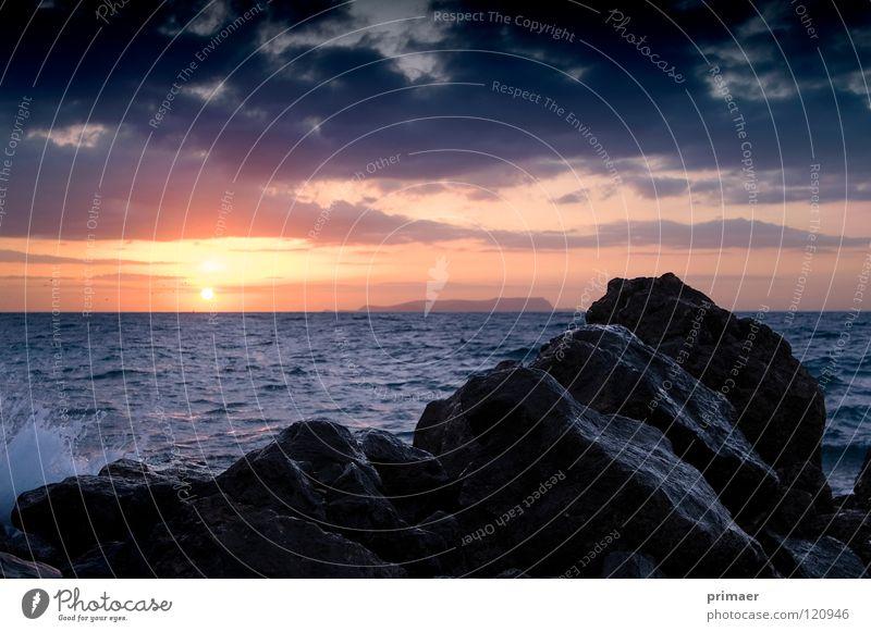 Abendstimmung Natur Wasser Himmel Sonne Meer blau Strand ruhig Wolken Einsamkeit Ferne Freiheit Stein Traurigkeit Landschaft Stimmung