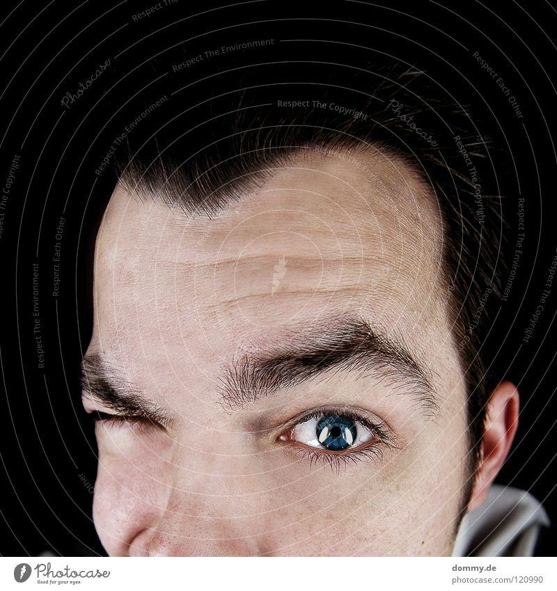 domeye Haare & Frisuren Haut Mann Erwachsene Auge Ohr Nase 1 Mensch Pullover beobachten dunkel Freundlichkeit lustig Neugier Spitze weich blau schwarz Kerl