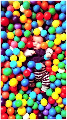 BUNT Stil Design Freude Freizeit & Hobby Spielen Kinderspiel Geburtstag Kleinkind Körper 1 Mensch 0-12 Monate Baby Skulptur Puppe Kunststoffverpackung Kasten