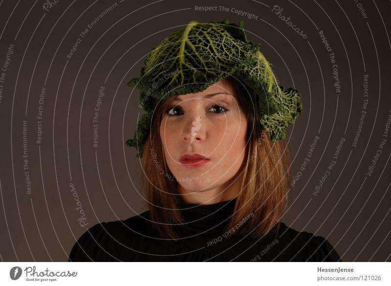 Person 13 Frau grün schön Einsamkeit Freude schwarz Gesicht Gefühle feminin Hintergrundbild Zeit Haare & Frisuren Deutschland warten geschlossen Hoffnung