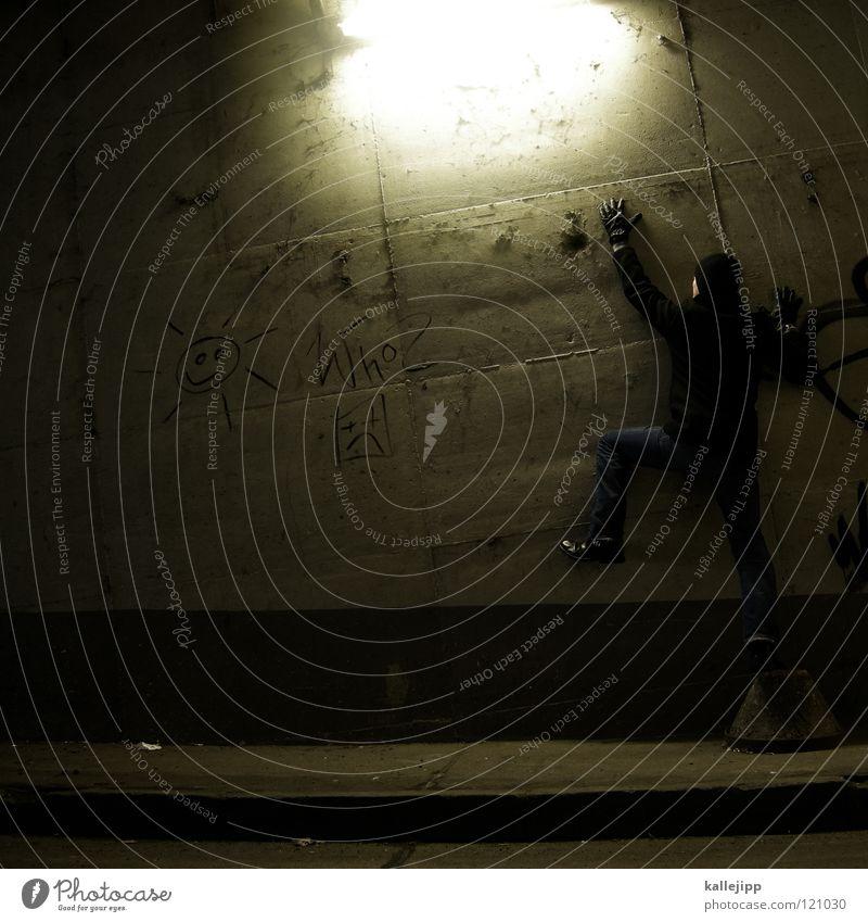 60 watt Mann Silhouette Dieb Krimineller Ausbruch Flucht umfallen Fenster Parkhaus Licht Geometrie Gegenlicht Jacke Mantel Mütze Thriller Handschuhe ausbreiten