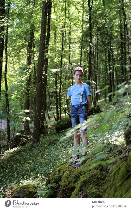 Da staunst´e Mensch Kind Natur grün Sommer weiß ruhig Wald Berge u. Gebirge Junge Park maskulin wandern Kindheit stehen warten