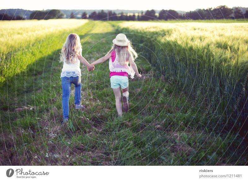 happy hippie days iv Mensch feminin Mädchen Geschwister Schwester Familie & Verwandtschaft Kindheit 2 3-8 Jahre Umwelt Natur Pflanze Sommer Schönes Wetter Feld