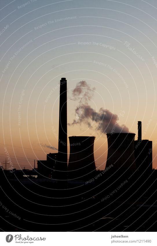 AC/DC Arbeitsplatz Stromkraftwerke Energiewirtschaft Industrieanlage Wolkenloser Himmel Sonnenaufgang Sonnenuntergang Sonnenlicht Schönes Wetter Duisburg