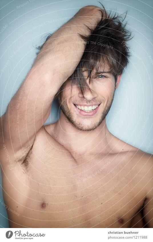 smiling man Jugendliche nackt schön Junger Mann Erotik Freude 18-30 Jahre Erwachsene Mode Zufriedenheit authentisch frei Kreativität Lebensfreude Sex