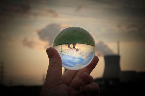 Atomkraft - alles im Griff blau Energiewirtschaft Business Elektrizität Industrie Wissenschaften Strahlung Abenddämmerung Strommast Sonnenenergie Unternehmen