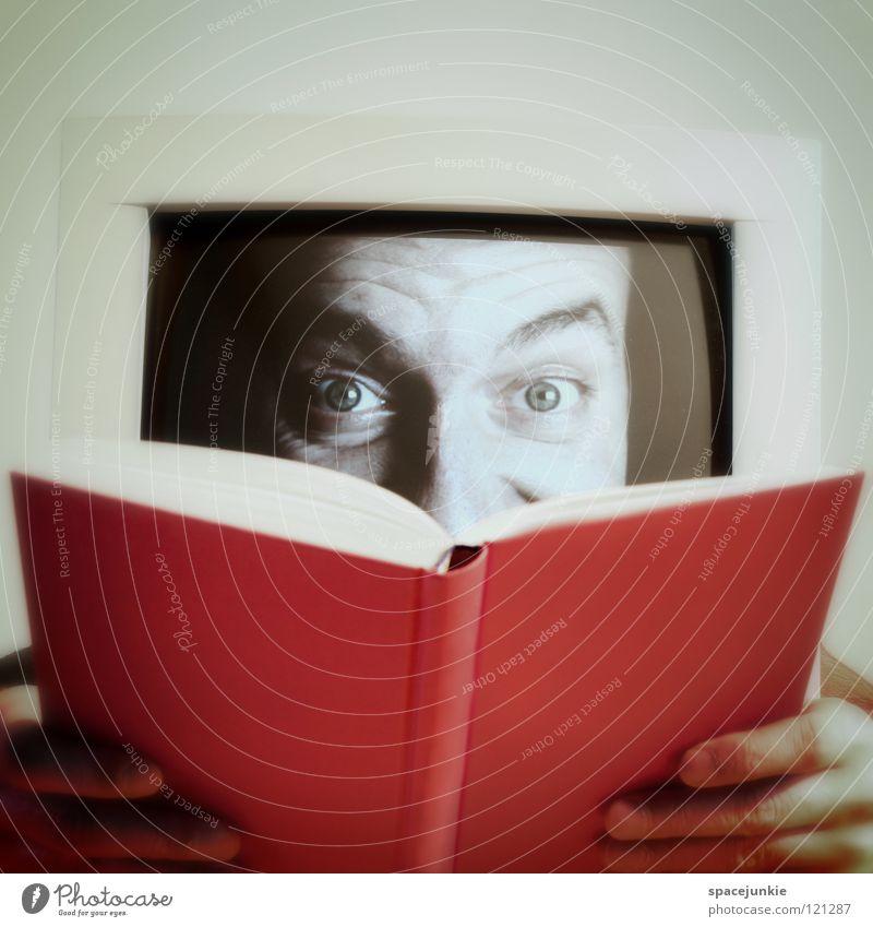 Reading a book Bildschirm Hand Tisch skurril Freak ausschalten aktivieren Schalter seltsam booten Internet Computer Gesicht Büroarbeit Versteck Beginn Hacker