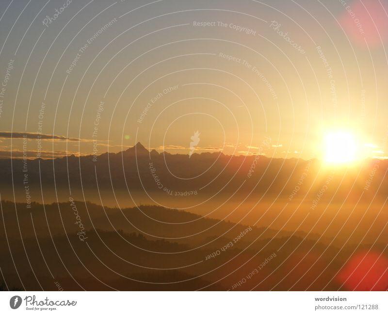 Himmel über Turin Sonnenuntergang Wolken Freizeit & Hobby Berge u. Gebirge Alpen Natur Abend