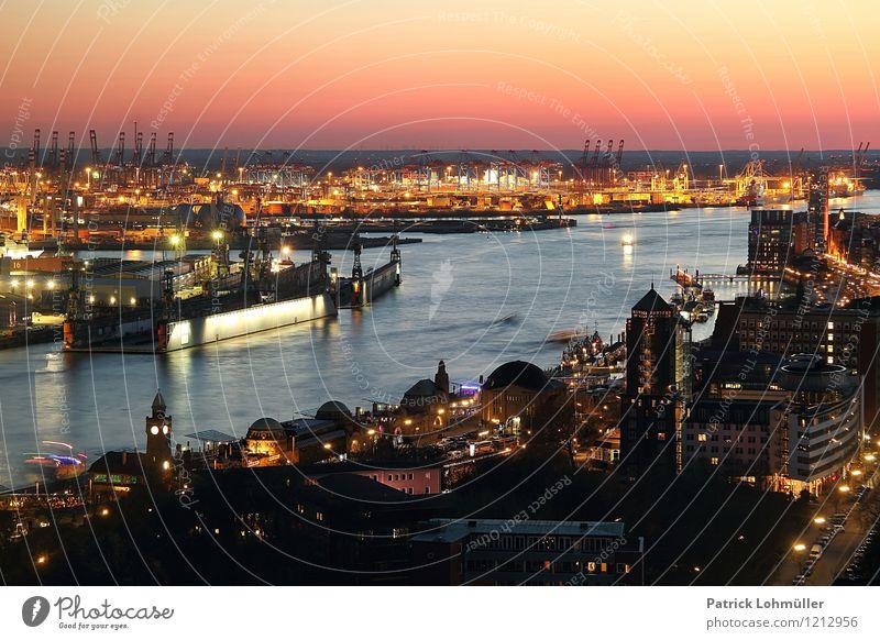 Hafen Hamburg Ferien & Urlaub & Reisen Tourismus Sightseeing Städtereise Industrie Güterverkehr & Logistik Umwelt Wasser Wolkenloser Himmel Horizont
