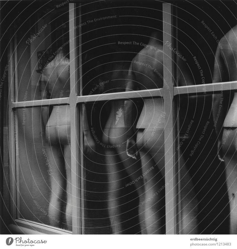 Mannequins nackt schön Fenster feminin Mode Körper Glas Körperhaltung Model Gesellschaft (Soziologie) Ladengeschäft Glätte Schaufensterpuppe kopflos androgyn