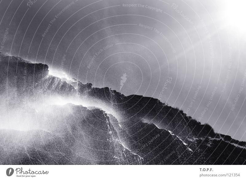 Wasserfall I Natur Wasser Sonne Landschaft Nebel Wassertropfen nass Felsen Fluss Schweiz Bach Wasserfall spritzen Kanton Wallis