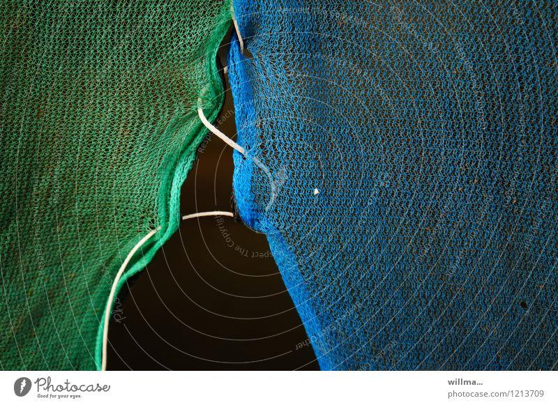 netzwerkverbindung blau grün Schnur Baustelle Sicherheit Netzwerk Zusammenhalt Verbindung Verbundenheit aufmachen Öffnung Synthese lockern zusammengebunden