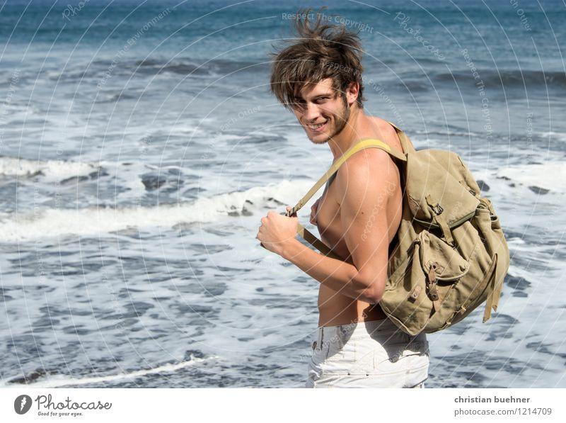 on the way Ferien & Urlaub & Reisen Jugendliche Sommer Sonne Erholung Meer Junger Mann Erotik Ferne 18-30 Jahre Strand Erwachsene Glück Freiheit gehen wild