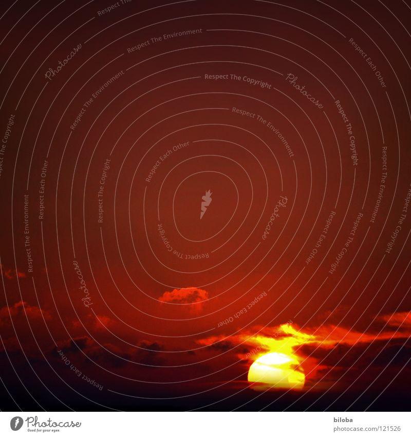 50 Sonnenuntergang Stimmung Licht dunkel Wolken rot schwarz gelb Nacht Meer Luft Romantik Sehnsucht Feierabend Himmelskörper & Weltall schön Abend Wetter Farbe