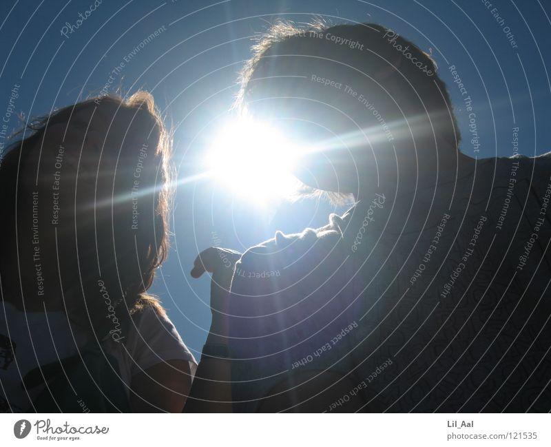 Sunshine Frau Himmel blau Hand schön Sonne Freude schwarz Graffiti Freiheit lachen hell leuchten Amerika grinsen blenden