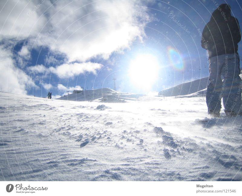 Schneepixel Himmel Ferien & Urlaub & Reisen Sonne Wolken Winter kalt Berge u. Gebirge Wind stehen Wintersport Skipiste Schneedecke Winterstimmung Wintersonne