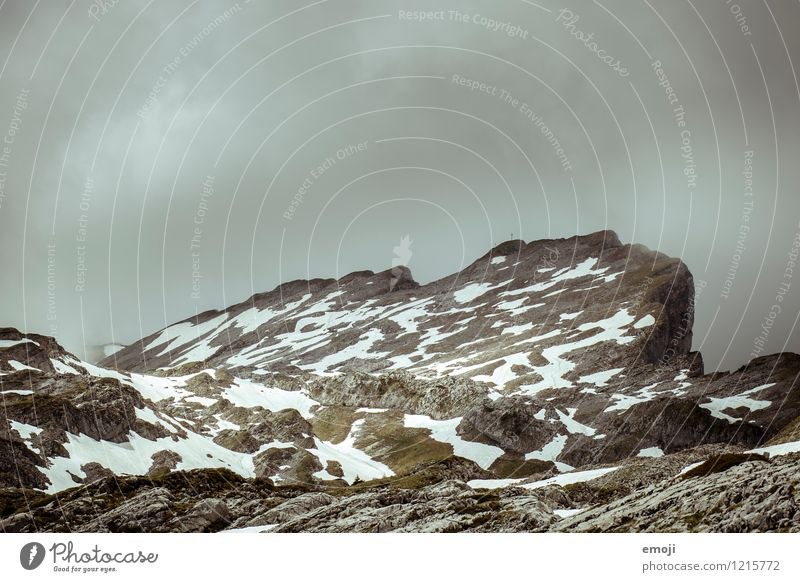gefleckt Umwelt Natur Landschaft Herbst Klima Wetter schlechtes Wetter Unwetter Wind Sturm Schnee Dürre Felsen Alpen Berge u. Gebirge Gipfel
