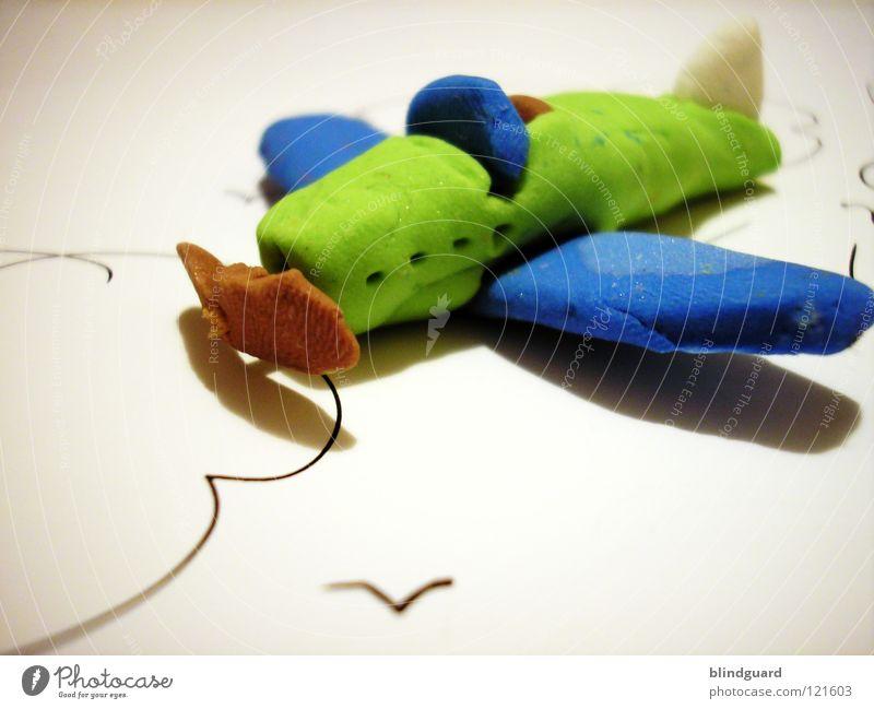 Flieger grüß mir die Sonne blau grün Wolken Freude Gefühle Spielen klein Denken See braun Vogel Freizeit & Hobby Luftverkehr Kindheit Kreativität Flügel