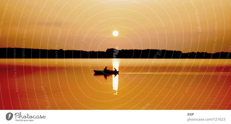 die Welt steht still See Sonnenuntergang Angler Angeln Sommer Teich Reflexion & Spiegelung ruhig Langeweile Erholung Himmelskörper & Weltall Landschaft Wasser