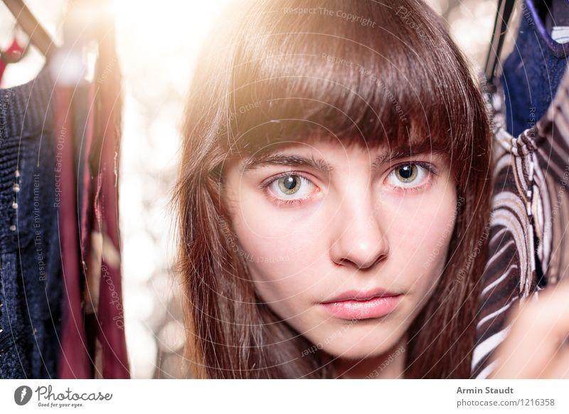Neulich im Kleiderschrank XVI Mensch Frau Kind Jugendliche schön Junge Frau Gesicht Erwachsene Beleuchtung feminin Stil Glück Haare & Frisuren Lifestyle Mode
