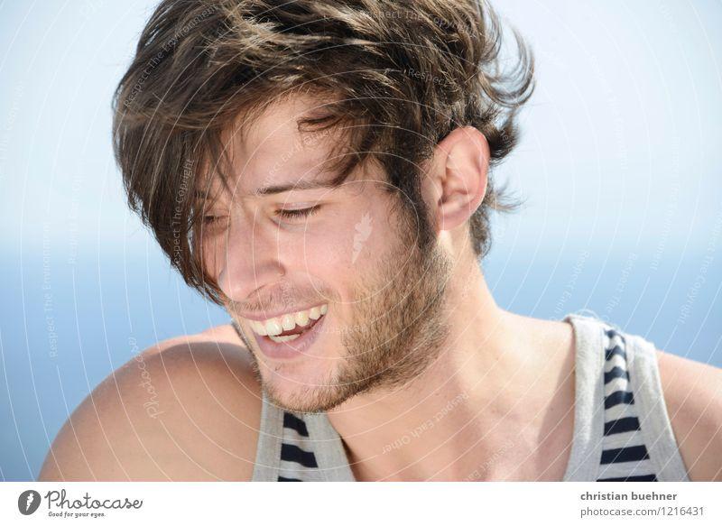 when you smile Sommer Sommerurlaub Sonne Meer Junger Mann Jugendliche 1 Mensch 18-30 Jahre Erwachsene Lächeln lachen schön Freude Fröhlichkeit Lebensfreude