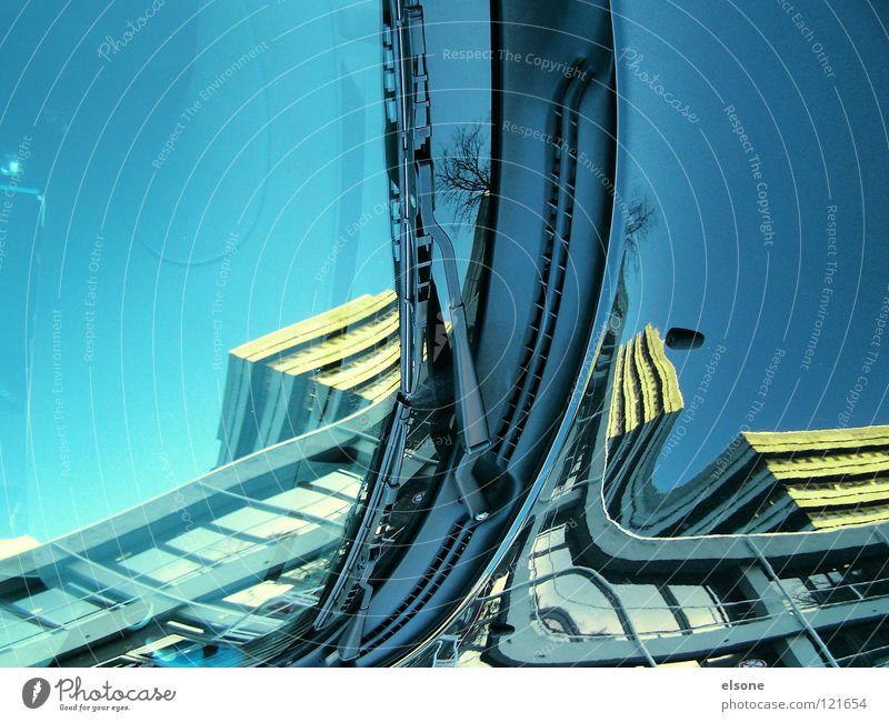 ::ELSONE:: blau Stadt Haus Gebäude Kunst lustig verrückt Kultur Spiegel außergewöhnlich Surrealismus Sog