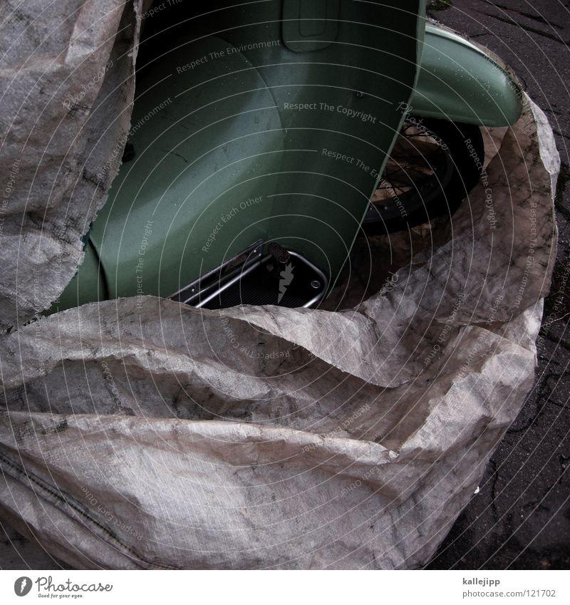 eine schwalbe macht noch keinen sommer Haus dunkel Stein Traurigkeit hell schlafen Industrie Schutz Backstein Hut Fliesen u. Kacheln Burg oder Schloss Rost