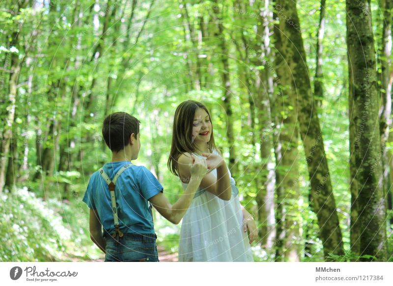 Come on... Mensch Kind Natur Sommer Baum Freude Mädchen Wald feminin Junge Glück Feste & Feiern Freiheit Park träumen maskulin