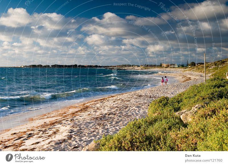 Abendstimmung. Wasser Himmel Freude Strand Ferien & Urlaub & Reisen Wolken Einsamkeit Freiheit träumen Wärme Sand Fröhlichkeit Sträucher Wüste Physik fantastisch