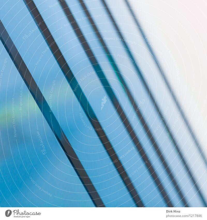 verglast Stadt blau weiß kalt Wand Innenarchitektur Stil Mauer außergewöhnlich Lifestyle Kunst Business Design Glas Perspektive ästhetisch